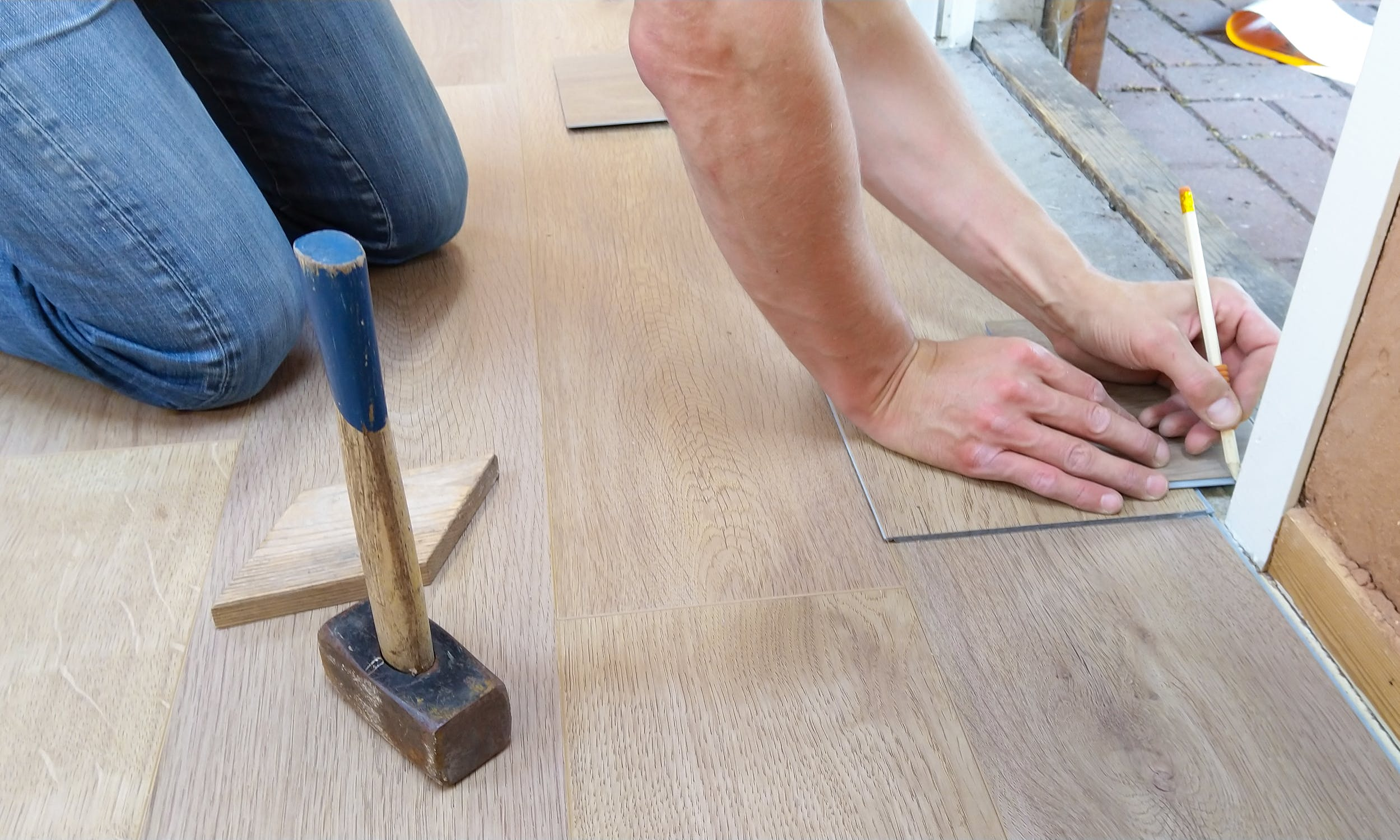 Choosing Vinyl Flooring for Your Home